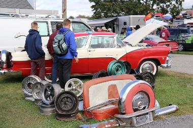 CE_FC_AutomotiveFleaMarket_AW-2019_243